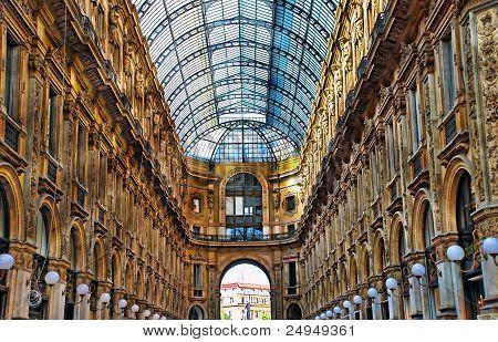 Vittorio Shopping center