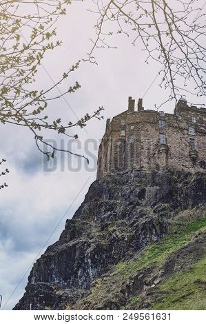 View From The Southeast Of The Royal Palace And Half Moon Battery Of Edinburgh Castle, Popular Touri