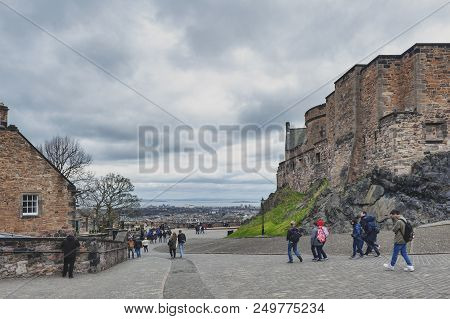 Edinburgh, Scotland - April 2018: Walkway Inside The Complex Area Of Edinburgh Castle, Popular Touri