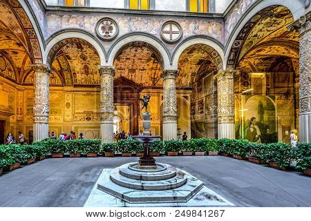 Florence, Italy - September 21 2016: Locals And Tourists Visit The First Courtyard Of The Palazzo Ve