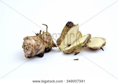 Raw Organic Jerusalem Artichoke ,helianthus Tuberosus, Vegetable On White