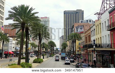 New Orleans, Louisiana, U.s.a - February 4, 2020 - The View Of The Road And Traffic Overlooking Tall