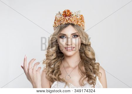 Come Here. Beauty Crowned Queen Girl Woman Actress Miss Bride Asking You To Come Closer With Hand Ge