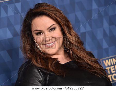 LOS ANGELES - JAN 08:  Katy Mixon arrives for the ABC Winter TCA Party 2020 on January 08, 2020 in Pasadena, CA