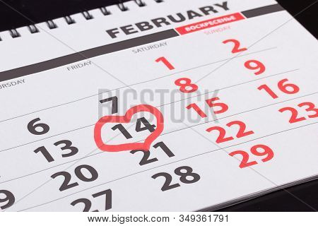 Calendar With A Dedicated Valentine's Day Date