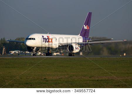 Vienna / Austria - April 18, 2019: Fedex Boeing 757-200 N972fd Cargo Plane Departure And Take Off At