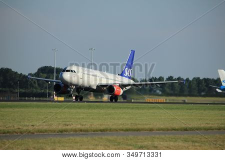 Amsterdam, The Netherlands  - August, 18th 2016: Oy-kaw Sas Scandinavian Airlines Airbus A320, Takin