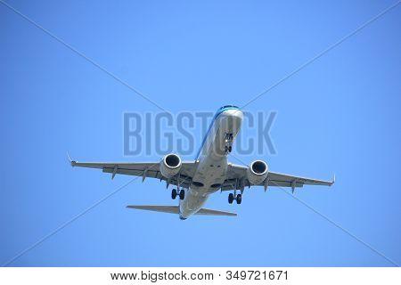 Amsterdam, The Netherlands - April 9th, 2017: Ph-ezt Klm Cityhopper Embraer Erj-190std Approaching P