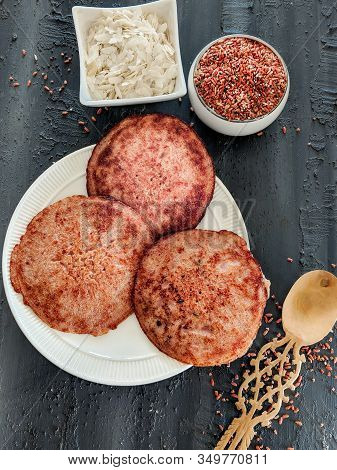 Red Rice Pancakes, Fermented And Steamed Indian Rice Cakes. Challapongaram, Pongaram, South Indian R