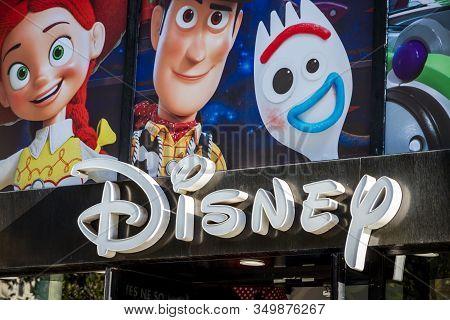 Paris/france - September 10, 2019 : The Disney Store Entrance Sign On Champs-elysees Avenue