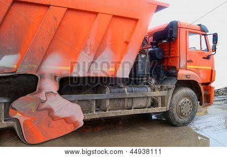 Crash Dump Truck