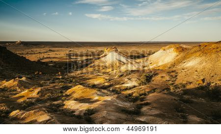 An image of the great Breakaways at Coober Pedy Australia
