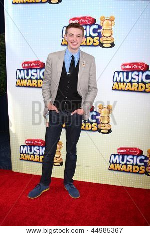 LOS ANGELES - APR 27:  Dylan Riley Snyder arrives at the Radio Disney Music Awards 2013 at the Nokia Theater on April 27, 2013 in Los Angeles, CA