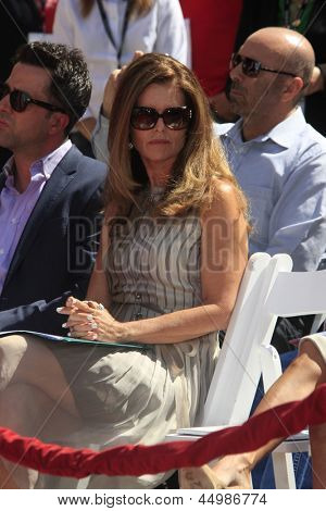 LOS ANGELES - APR 27:  Maria Shriver at the Jane Fonda Hand and FootPrint Ceremony at the Chinese Theater on April 27, 2013 in Los Angeles, CA
