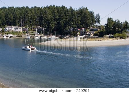 Sailing into Gig Harbor 2219