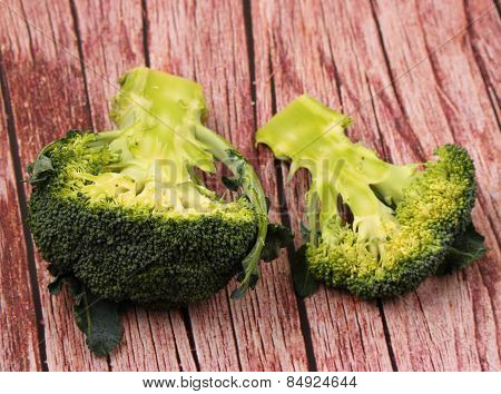 Isolated Broccolli