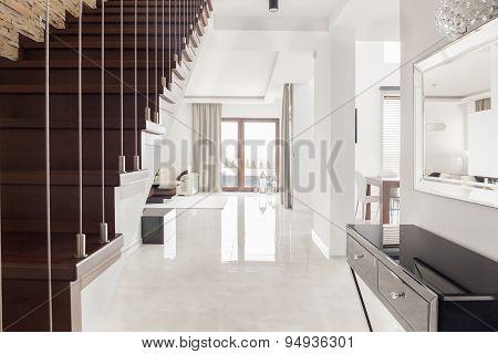 Bright Spacious Interior