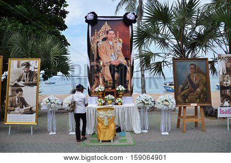 PATTAYA THAILAND - 19 NOV 2016: Memorial to the recently deceased King Bhumibol Adulyadej at Beach Road in Pattaya Thailand
