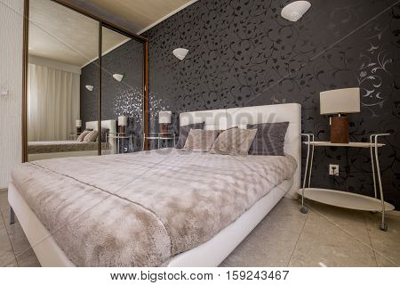 Modern Bedroom With Cosy Bed