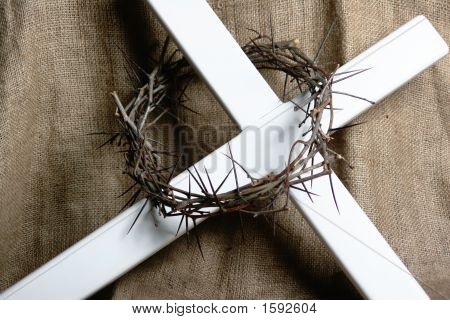 Crown Of Thorns On Cross