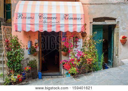 Room Letting In Riomaggiore, Cinque Terre, Italy