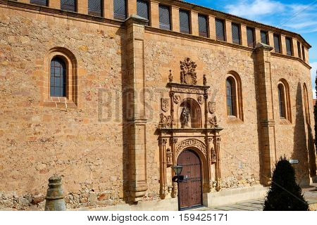 Madres Dominicas in Salamanca at Spain of Dominicos exterior image shot from public floor