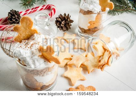 Ginger Trifle With Gingerbreads