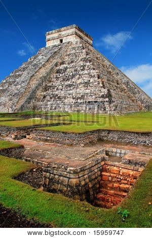 Chichen Itza Kukulcan Mayan Pyramid El Castillo over underground excavation