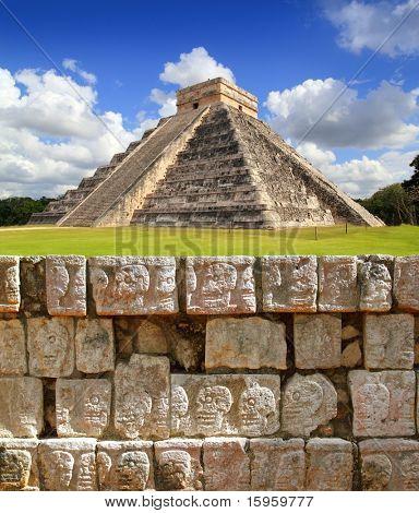 Chichen Itza Tzompantli the Wall of Skulls and Kukulkan pyramid