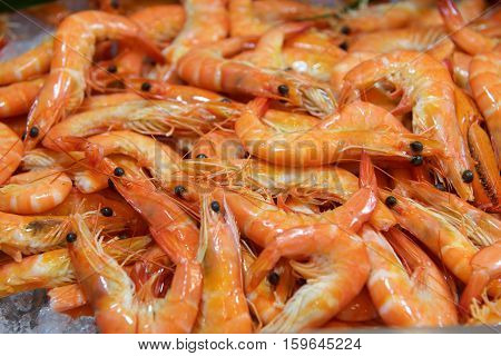 Fresh Seafood shrimp in a buffet restaurant