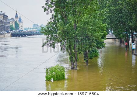 Flood In Paris