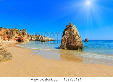Algarve Sunshiny Beach Dos Tres Irmaos (portugal)