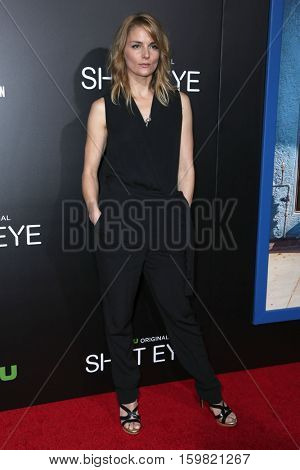 LOS ANGELES - DEC 1:  Susan Misner at the Premiere Of Hulu's