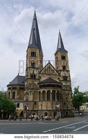 Medieval Church The Bonn Minster, One Of Germany's Oldest Churches. Bonn, Germany