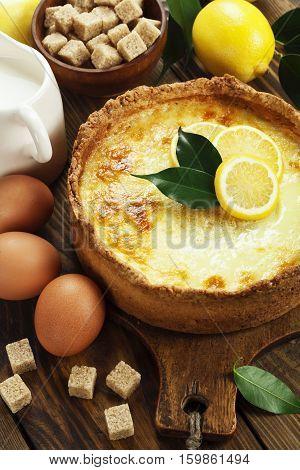 Flan Case With Lemon