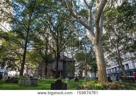 St Pauls Churchyard In New York
