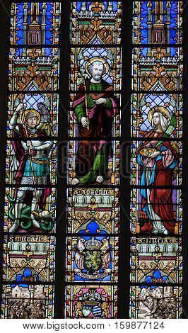 Stained Glass - King Albert I, Saint Joseph And Saint Lucia