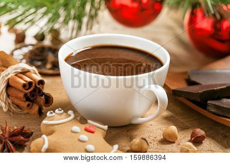 Hot chocolat with gingerbreade Christmas traditional drink