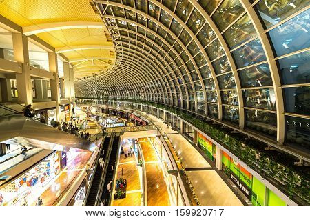 SINGAPORE - NOVEMBER 24 2016: The Shopping Mall At Marina Bay Sands Resort On NOVEMBER 24 2016 In Bayfront Singapore. The Mall Is One Of Singapore Largest Luxury Shopping Malls