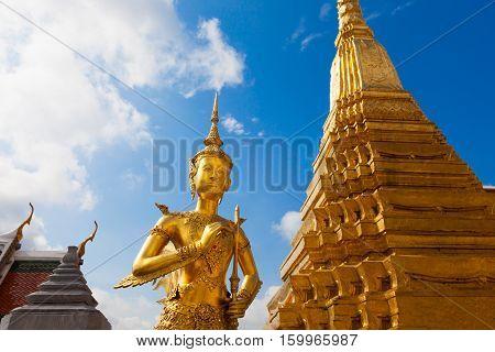 Gold Ki-nara At Grand Palace