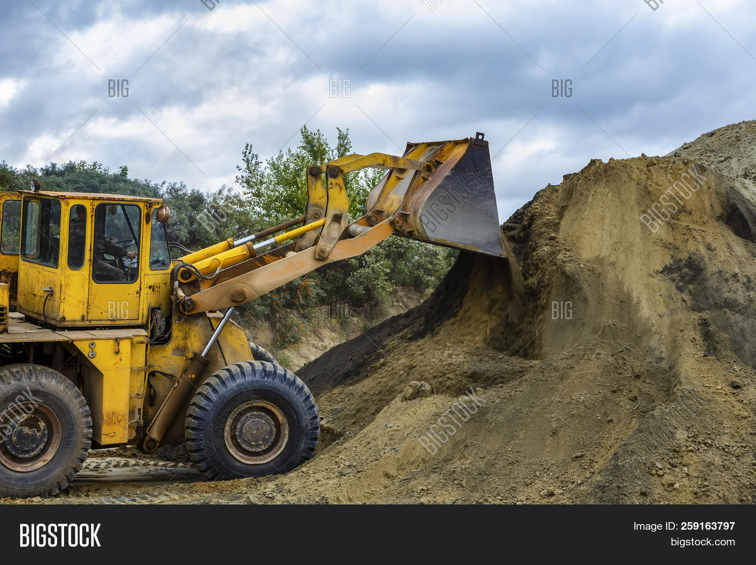 Wheel Loader Excavator Image & Photo (Free Trial) | Bigstock