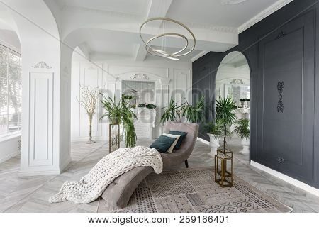 Morning In Luxurious Light Interior In Hotel. Bright And Clean Interior Design Of A Luxury Living Ro