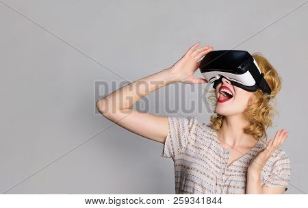 Excited Woman Using 3d Goggles Watching Virtual Reality. Surprised Woman With Vr Device. Happy Smili