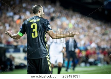 VALENCIA, SPAIN - SETEMBER 19: Chiellini during UEFA Champions League match between Valencia CF and Juventus at Mestalla Stadium on September 19, 2018 in Valencia, Spain