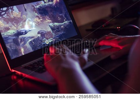 Wroclaw, Poland -  September 04th, 2018:  Woman Playing Ori And The Blind Forest Game On Dell Laptop