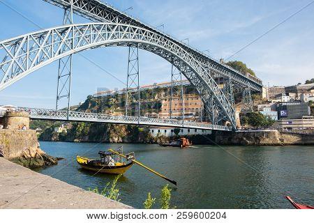 Vila Nova De Gaia, Portugal - September 16, 2018 : Bridge Luíz I That Crosses The River Douro Joinin
