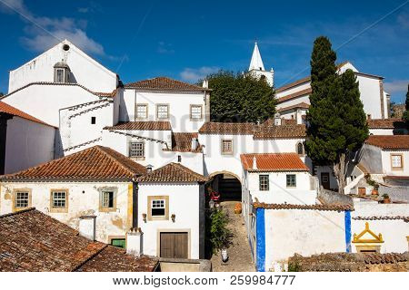 Obidos, Portugal - September 21, 2018 : Within The Walls Of The Historic Village In The Center Of Po