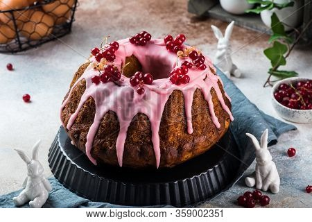 Easter Cake. Kulich Cake. Traditional Babka. Cake For Celebration. Easter Concept. Panettone. Still