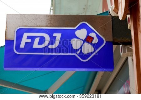 Bordeaux , Aquitaine / France - 01 15 2020 : Fdj Logo French National Lottery Operator Office Store