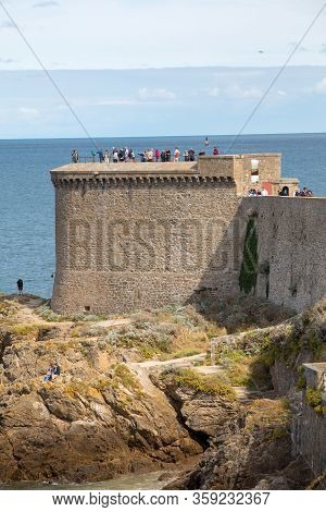St Malo, France - September 14, 2018: Tourists Walking On Rampart At Saint-malo, Brittany, France